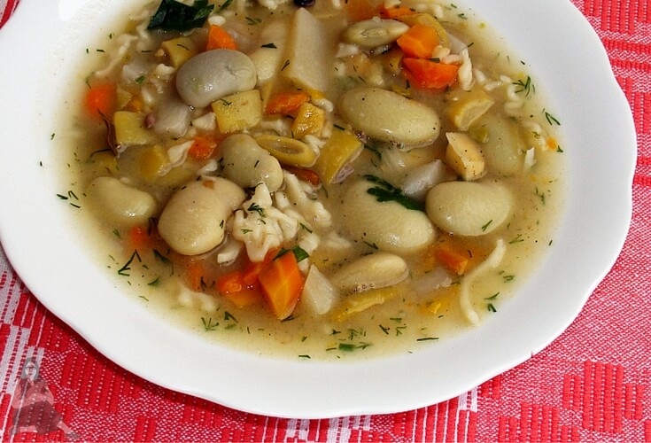 Slow Cooker Bean Soup Recipe